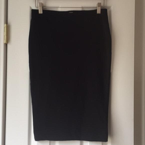 H&M Dresses & Skirts - Knit Pencil Skirt